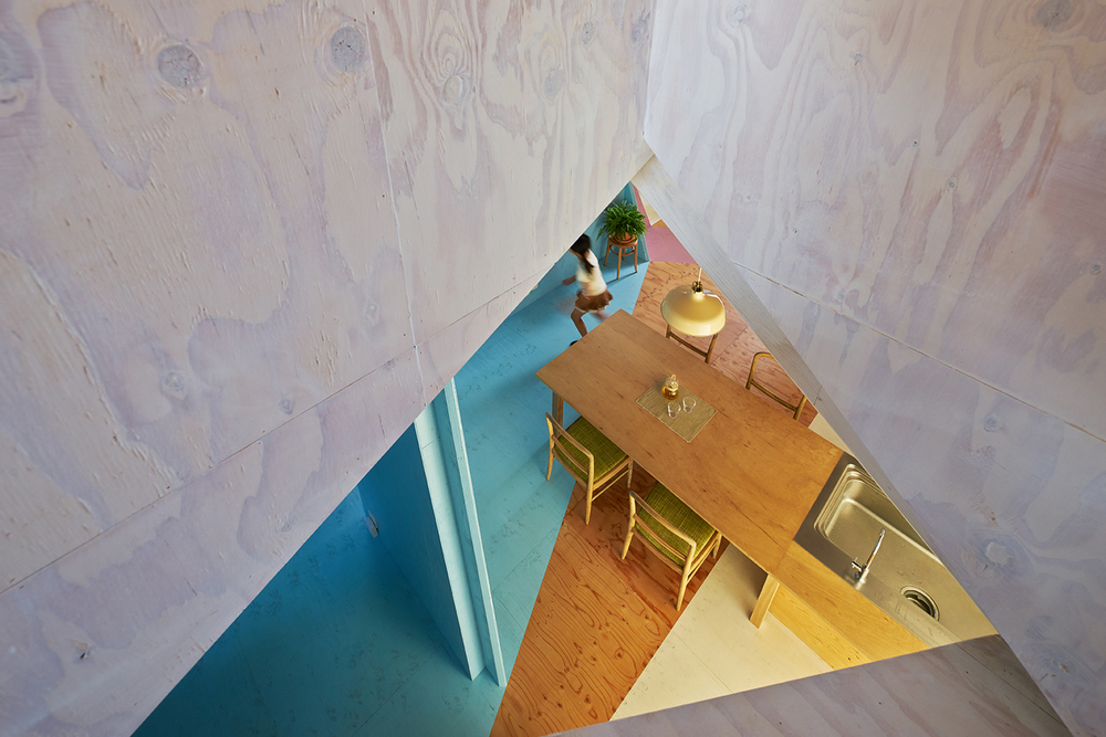 the-tree-mag-apartment-house-by-kochi-architects-studio-30.jpg