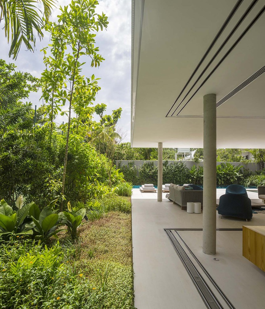 the-tree-mag-white-house-by-studio-mk27-marcio-kogan-eduardo-chalabi-150.jpg