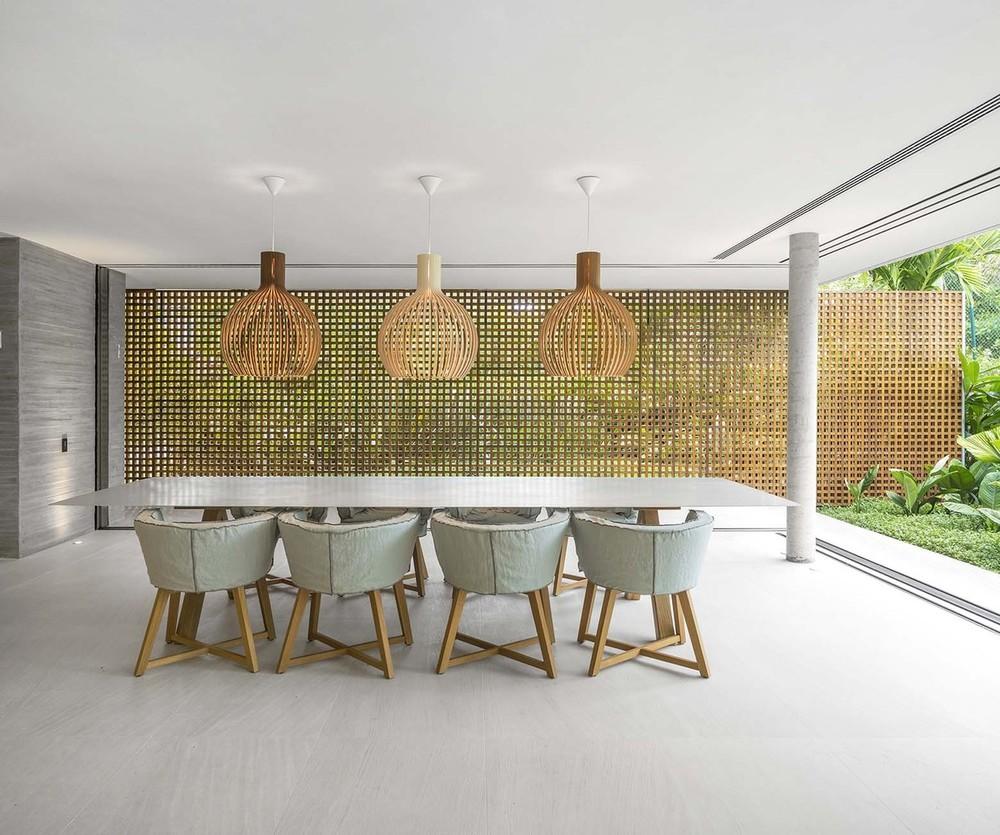 the-tree-mag-white-house-by-studio-mk27-marcio-kogan-eduardo-chalabi-300.jpg