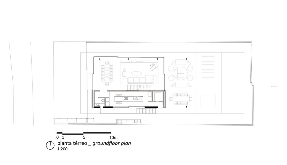 the-tree-mag-white-house-by-studio-mk27-marcio-kogan-eduardo-chalabi-400.jpg
