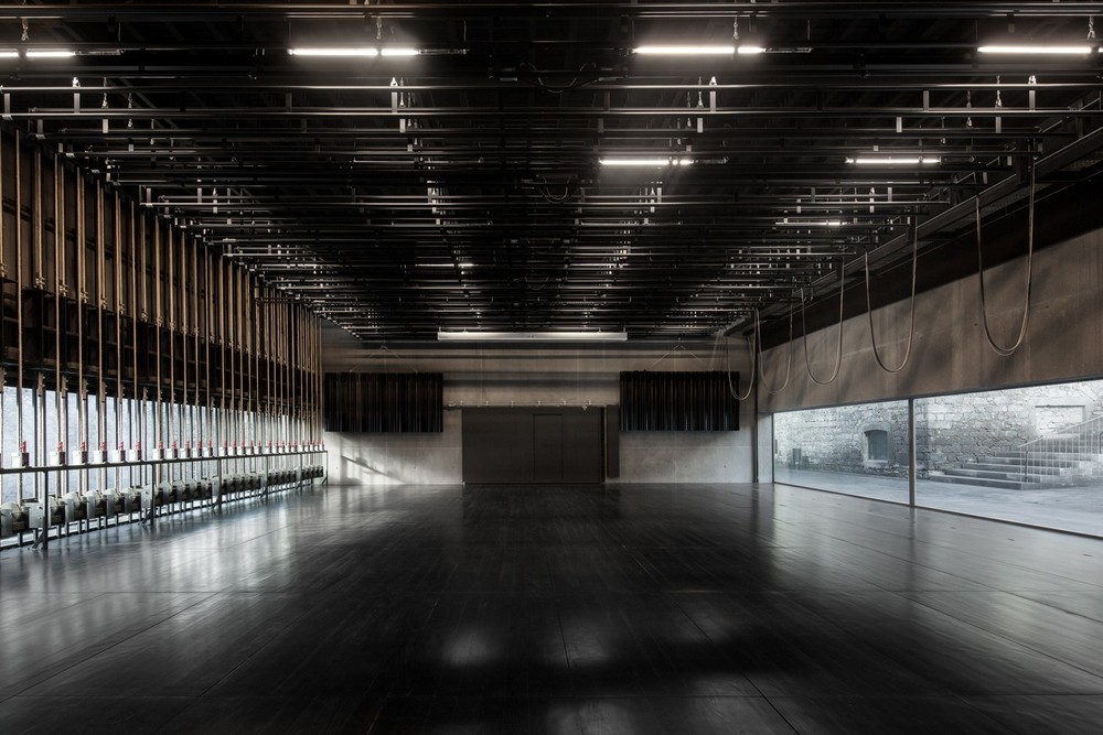 the-tree-mag-arts-centre-by-menos-mais-arquitectos-joo-mendes-ribeiro-90.jpg