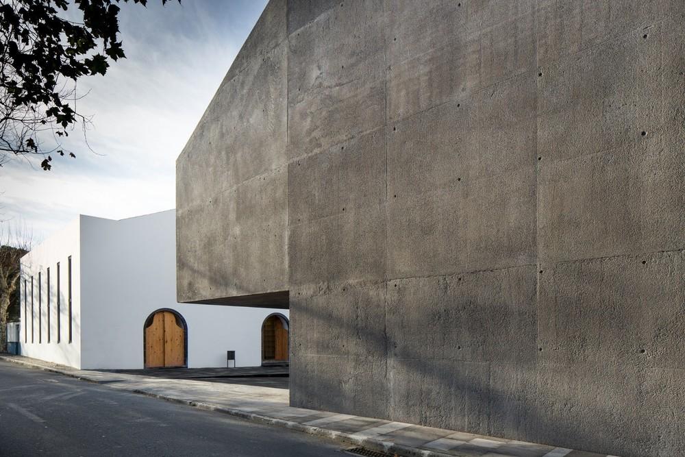 the-tree-mag-arts-centre-by-menos-mais-arquitectos-joo-mendes-ribeiro-80.jpg