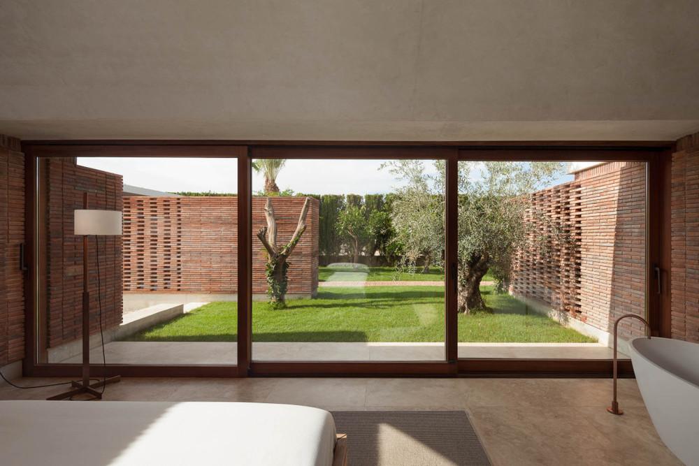 the-tree-mag-iv-house-by-mesura-120.jpg