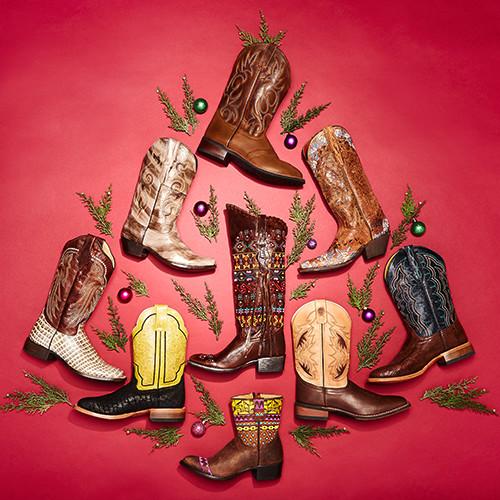 148082_ReadytoWrap_Footwear.jpg