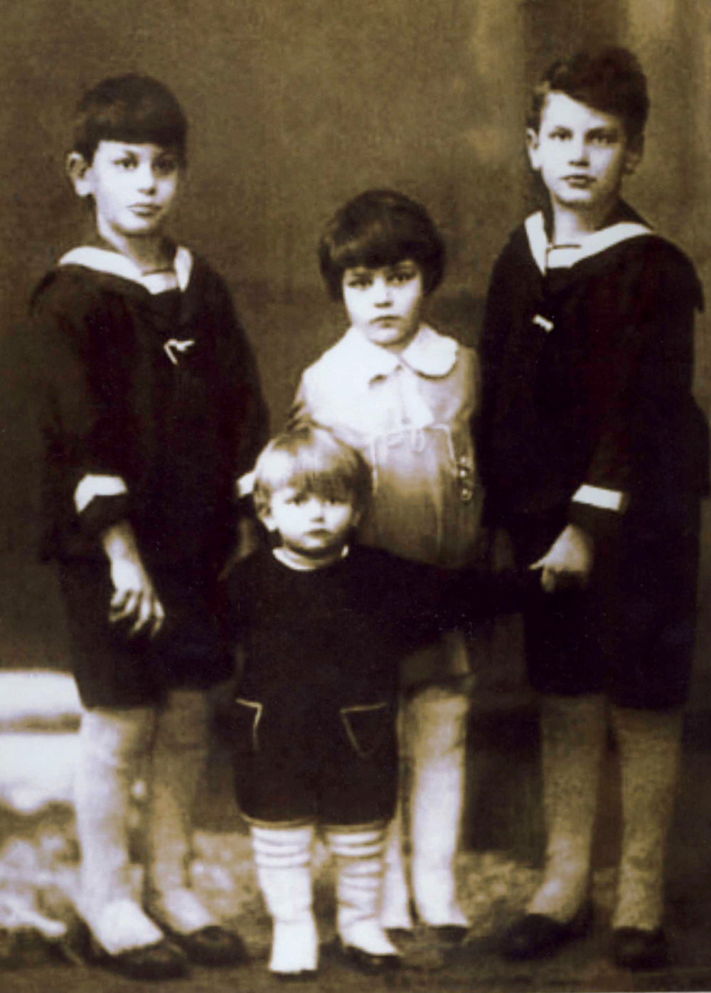 YORAM WITH SIBLINGS.jpg