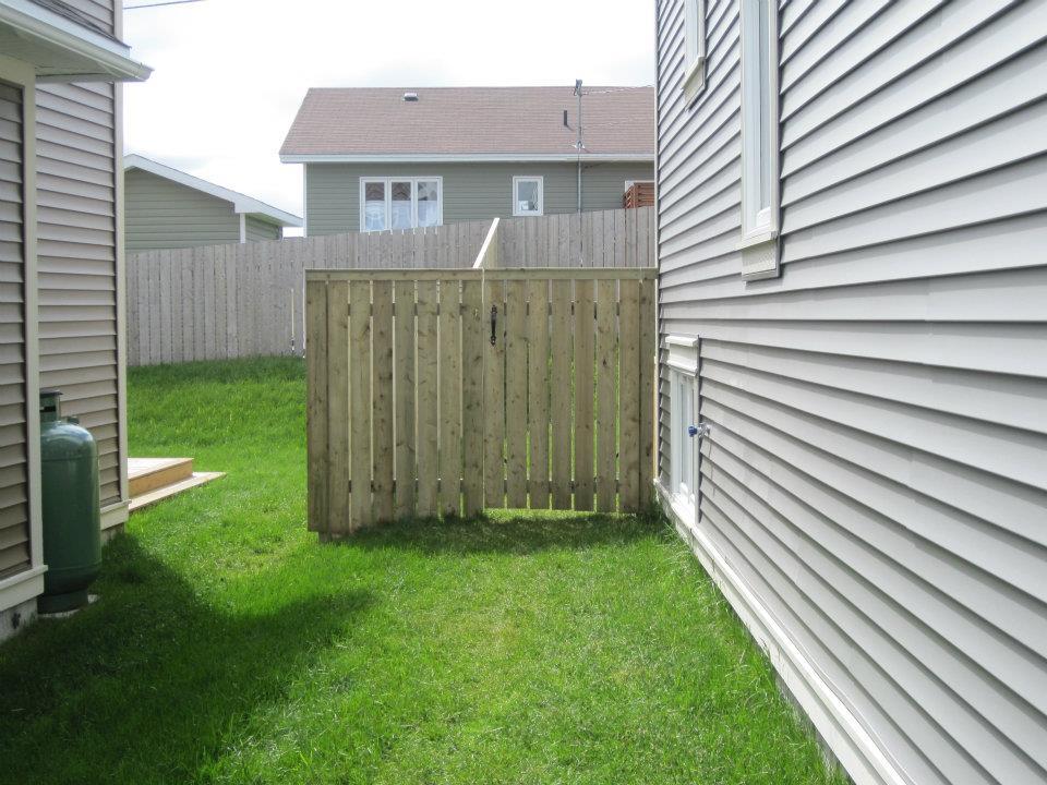 6 foot fence 1.jpg