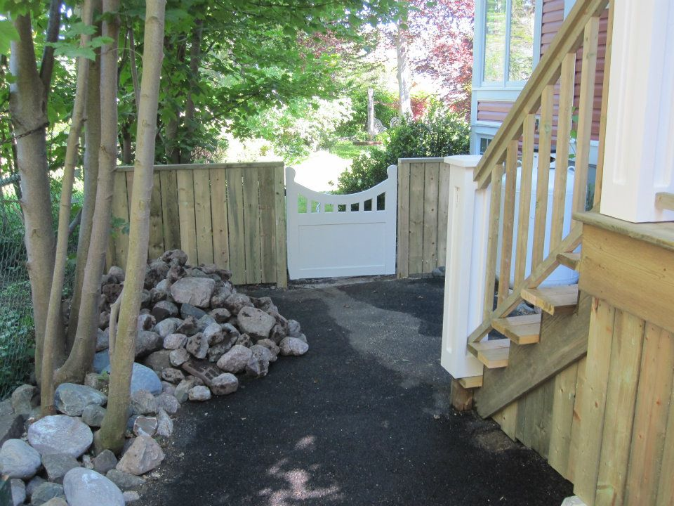 Step Arbour and Gate 2.jpg