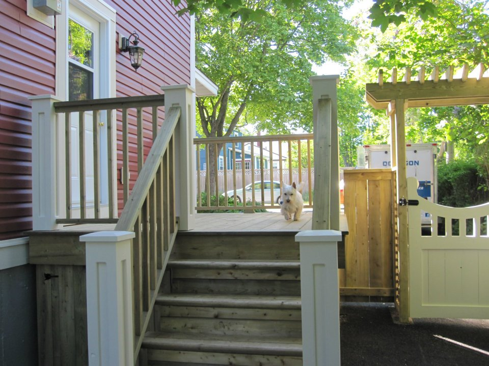 Step and Arbour 5.jpg