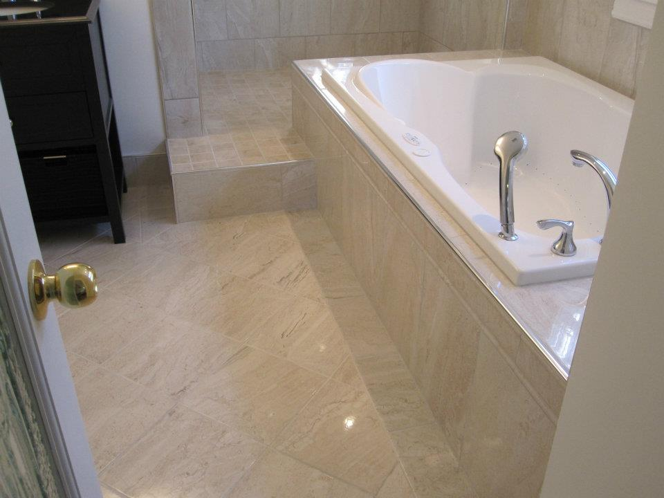 Soaker tub and tiled floor
