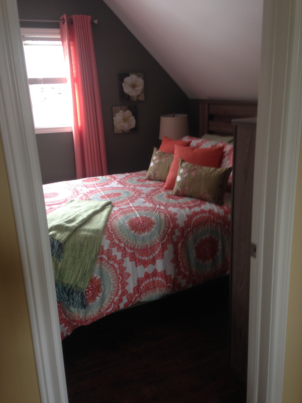Upstairs bedroom - furnished