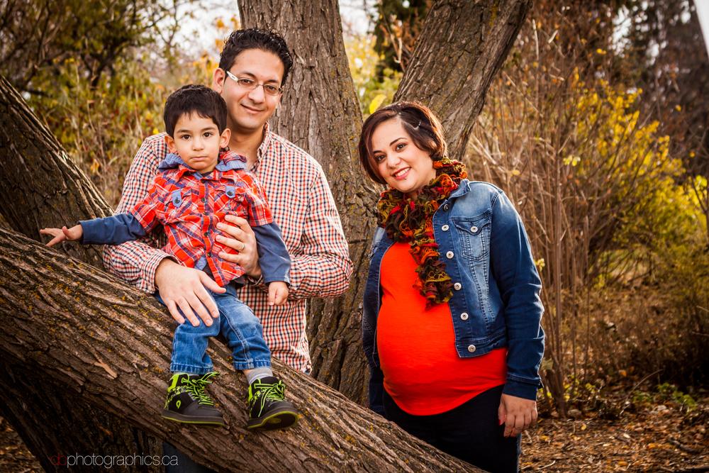 yaghi-family-0027-lr-db.jpg