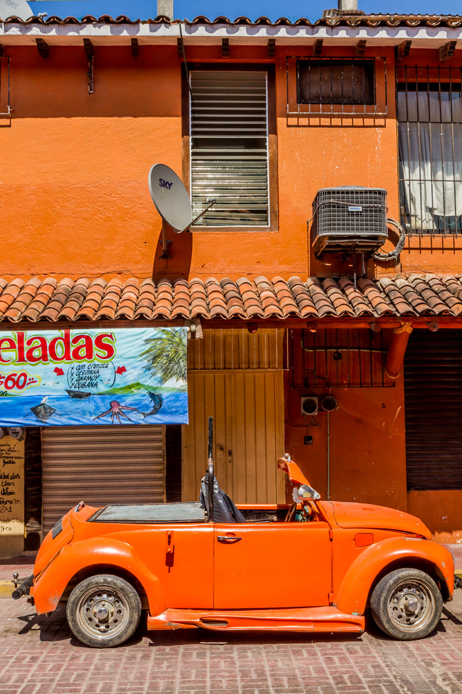 Ixtapa-2015309-lr-blog.jpg