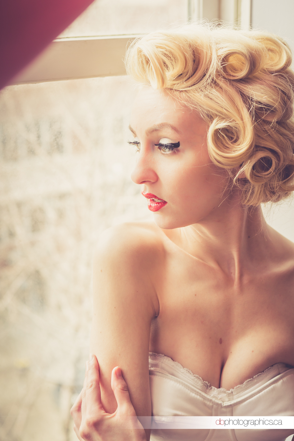 chantel-curls38-lr-colour.jpg