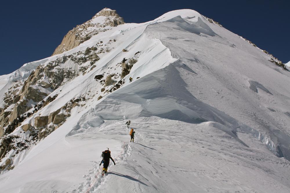 setting out for Karstens Ridge