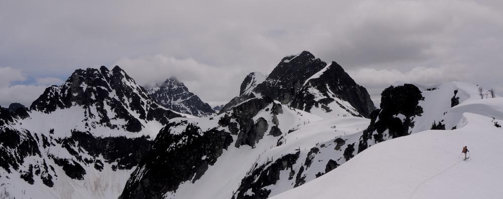 Cruising along Spectacular Ridge.