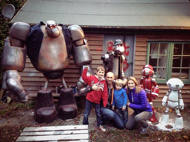 robotslayer family.jpg