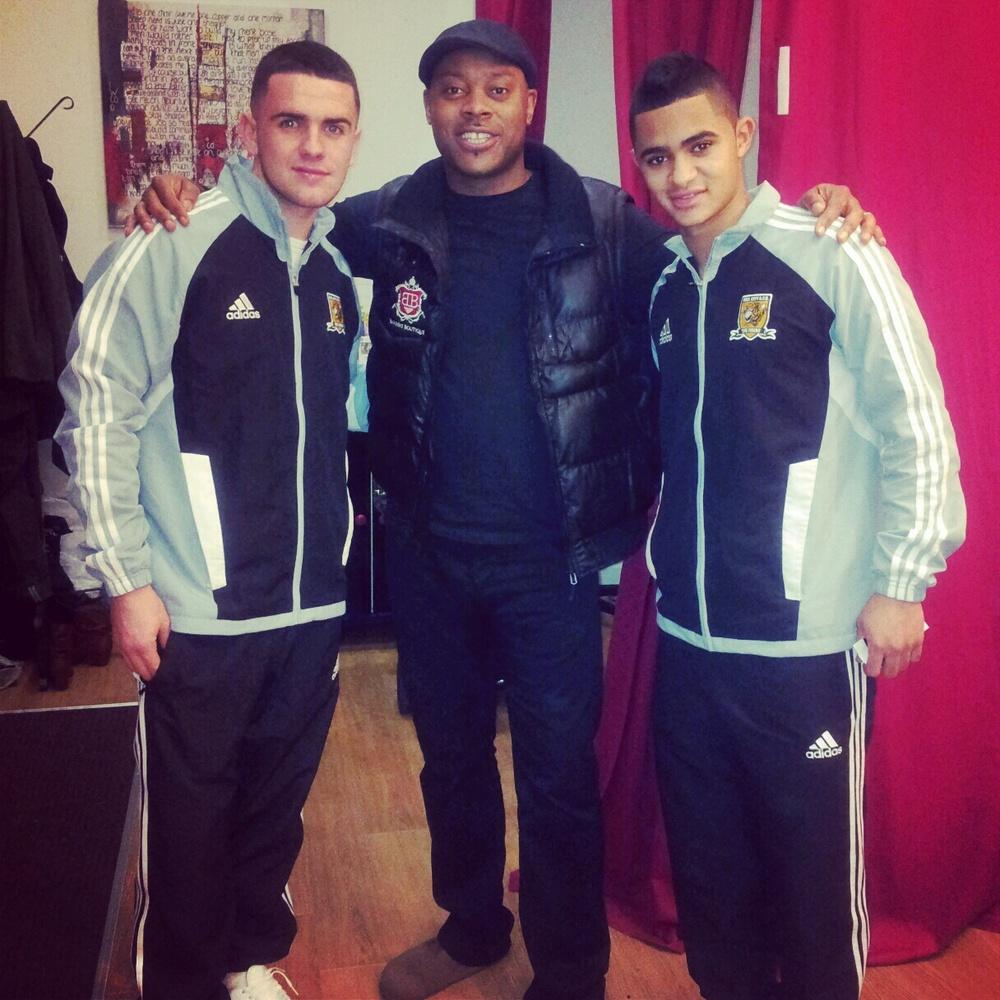 Damian meets & trims Cameron Stewart & Robbie Brady - Hull City FC