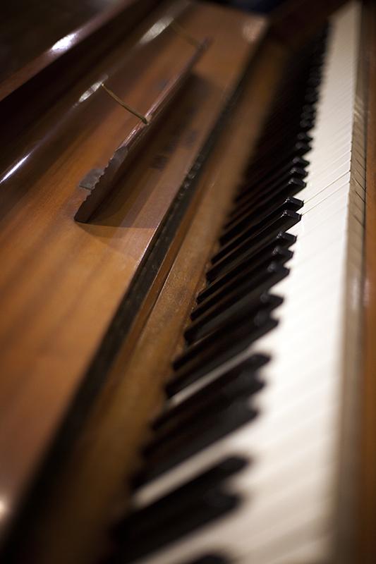 piano studio 1.jpg
