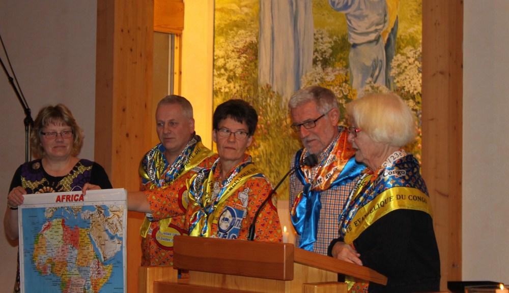 Lotta Langdell, Elof Albinsson, Runa och Lennart Claesson samt Febe Karlsson berättade från Kongo .JPG