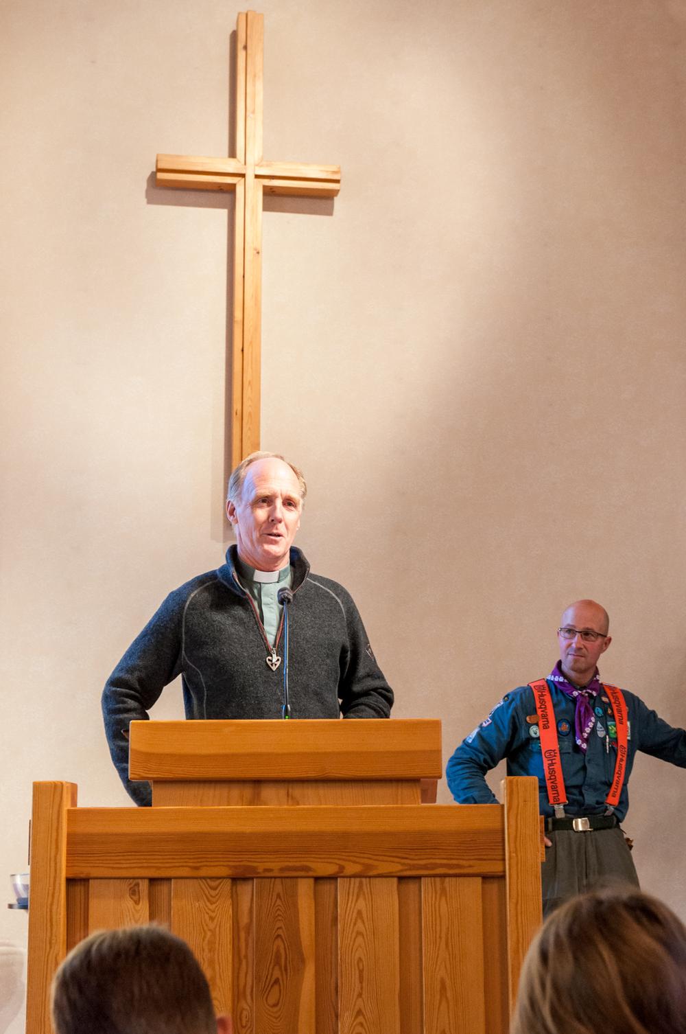 Mikael Nilsson predikar