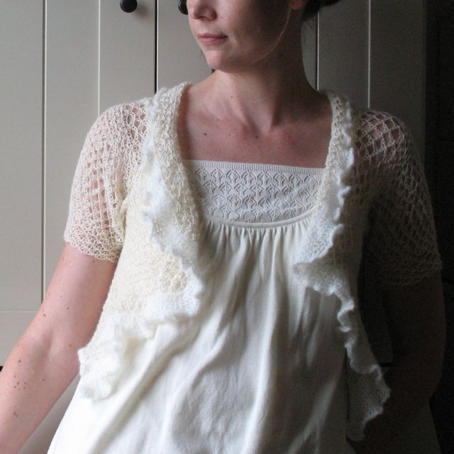 I am super excited to have crochet maven Anne of Modest Ambition at The Swoon this weekend. Her delicate shawls make the best addition to a bridal gown. She even does custom work and creates fantastic accessories for flower girls.  She'll be in the Oak Cliff section with Oil+Cotton, which is one of the places you can find her great pieces.