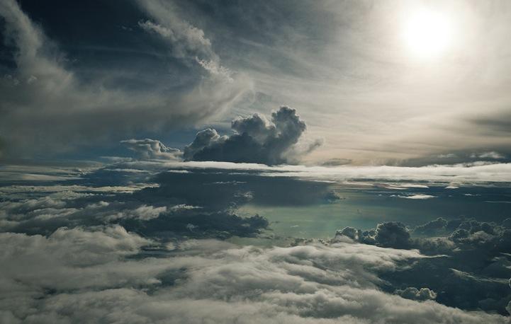 R%C3%BCdiger+Nehmzow-clouds-7