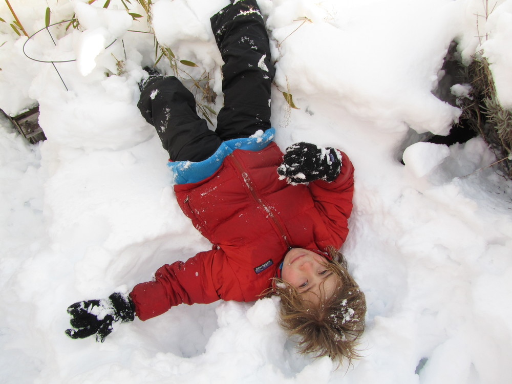 Not gonna lie: I love a good (one-armed) snow angel shot, too!