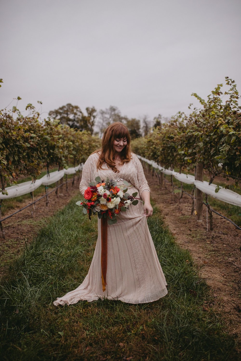 Autumn Richmond VA winery wedding at Upper Shirley Vineyards with lush garden florals and old Hollywood glamour winery bride