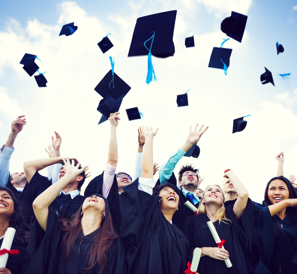 - Successful college students who graduate, find jobs or enter graduate school have a common trait.They found their best fit school where they were actively involved and engaged in their learning.They accomplished this by developing a list of schools that met their academic qualifications and personal interests.