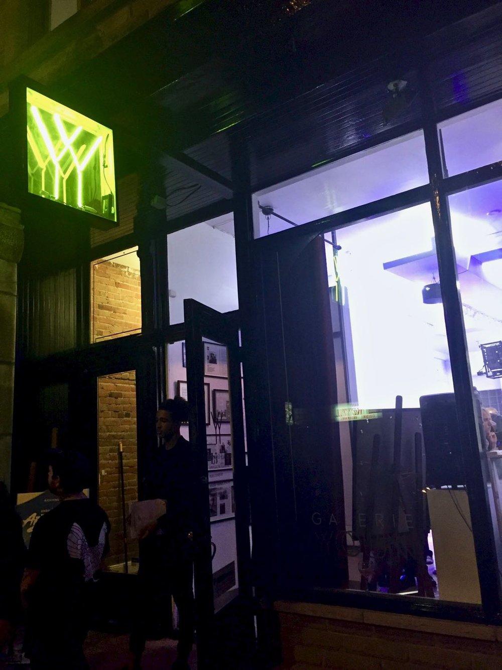 Façade de la Galerie Youn