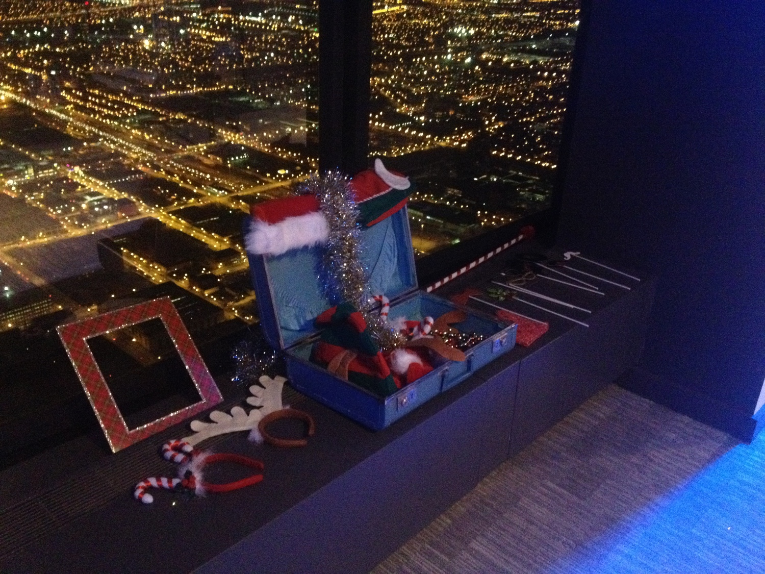 99th Floor Skydeck Photo Booth Rental At The Willis Tower Fotio