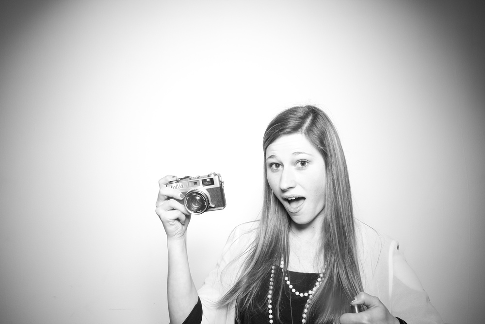 Event Coordinator Karly Fabbri from Venue One takes a Fotio portrait!