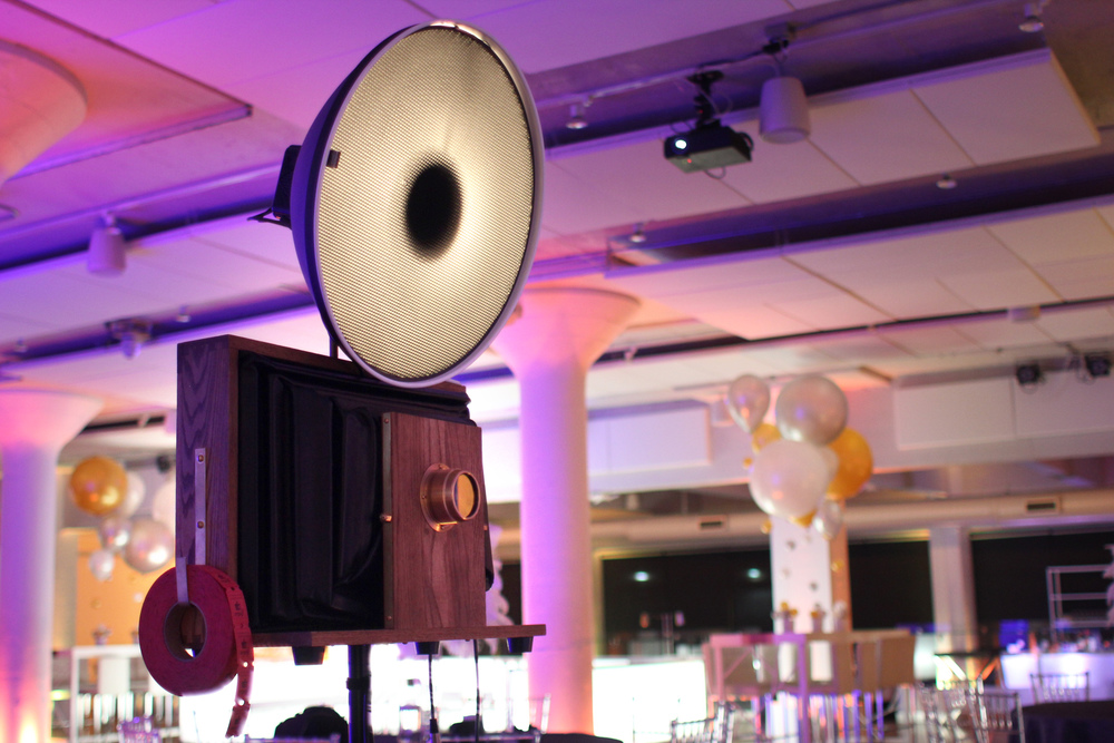 We love the lighting at Venue One - Fotio looks so cool with the light reflecting on the lens! The built in lights are customizable and change to fit the mood throughout the evening seamlessly.