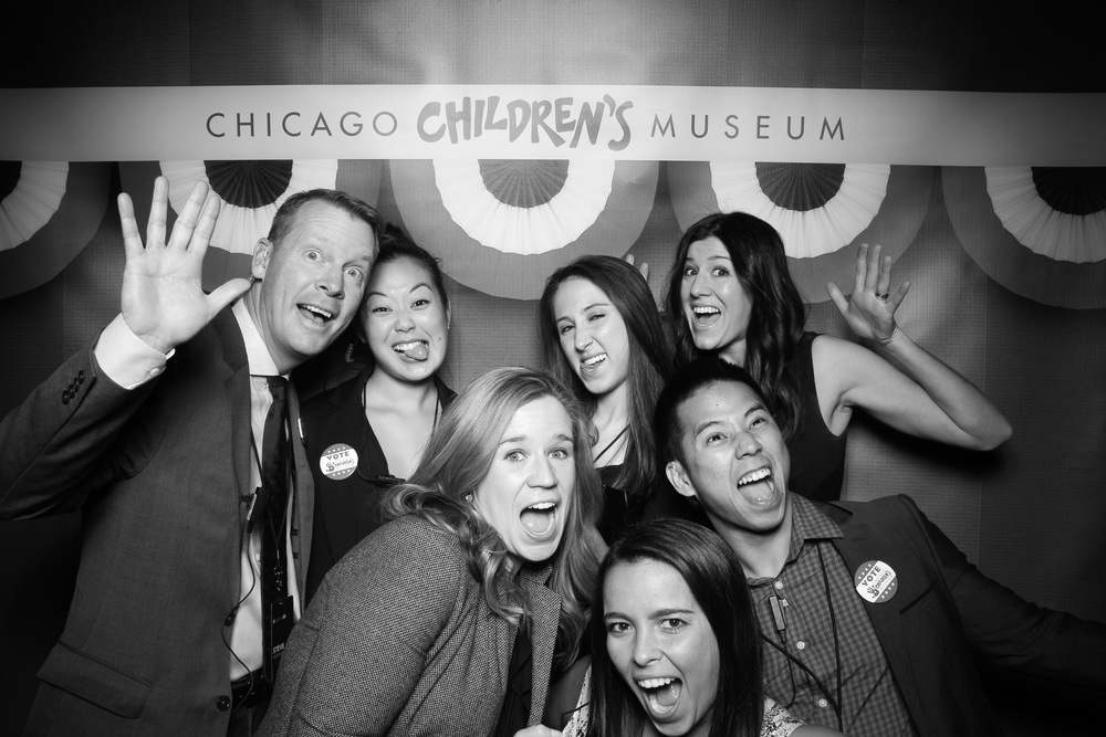The agencyEA team having fun with the Fotio photo booth at Navy Pier!