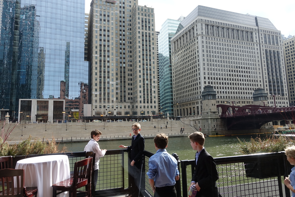 River Roast has a terrific river walk where guests can get beautiful views along the water. This is adjacent to the Murdoch Room and would be perfect for an outdoor wedding cocktail hour right in downtown Chicago.