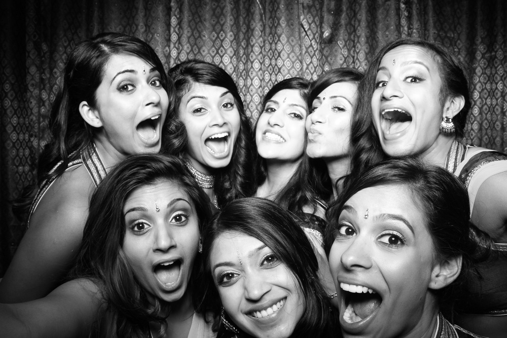 Chicago_Indian_Wedding_Photo_Booth.jpg