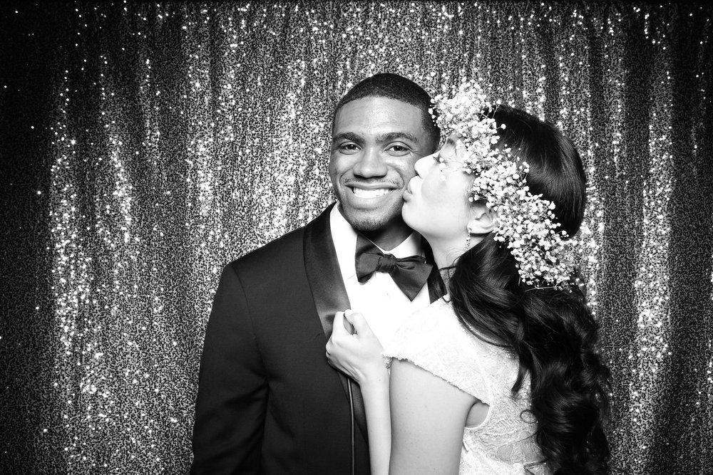Chicago_Waldorf_Astoria_Wedding_Photo_Booth