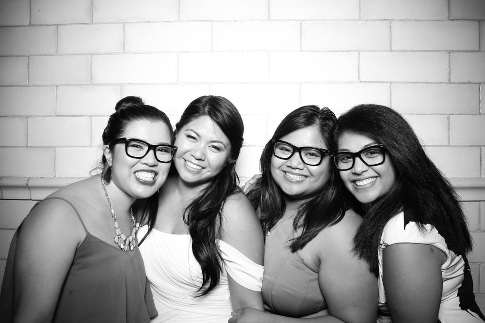 Bride with her besties!