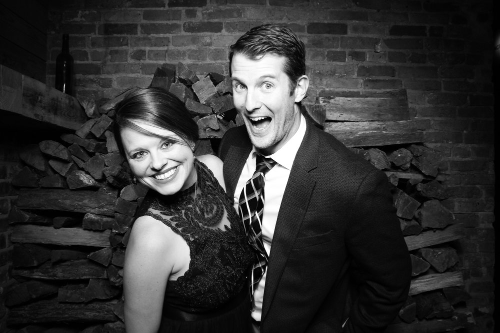City_Winery_Chicago_Holiday_Party_Event_Wedding_Reception_Photo_Booth_01.jpg