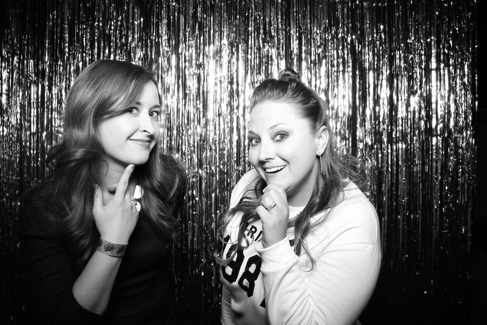 30th_Birthday_Party_Photo_Booth_Chicago_005.jpg
