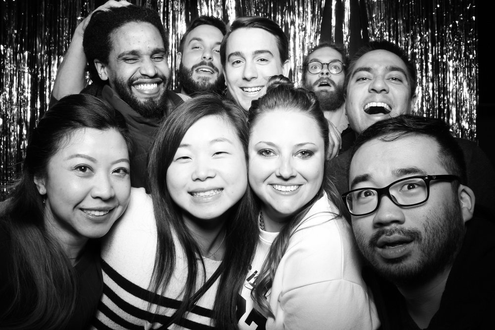 30th_Birthday_Party_Photo_Booth_Chicago_018.jpg