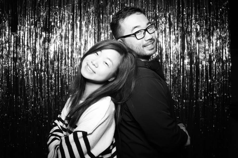 30th_Birthday_Party_Photo_Booth_Chicago_016.jpg