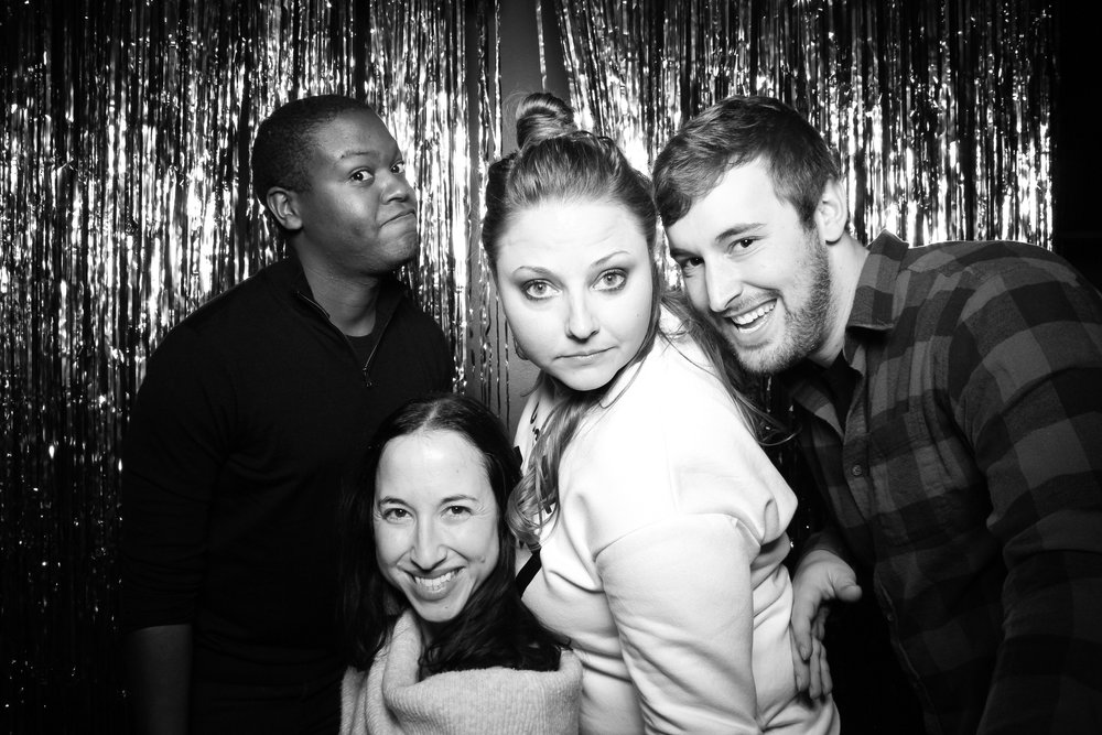 30th_Birthday_Party_Photo_Booth_Chicago_020.jpg