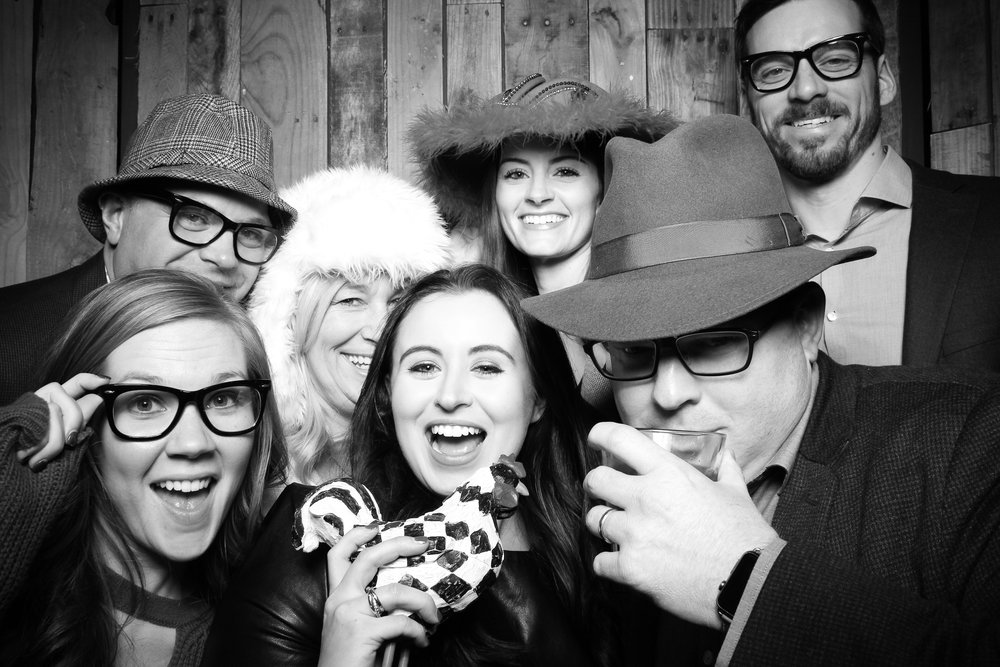Peoria_Illinois_Photo_Booth_Company_Warehouse_on_State_Wedding_003.jpg
