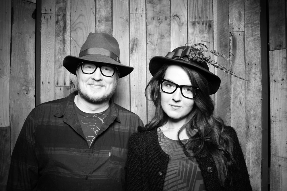 Peoria_Illinois_Photo_Booth_Company_Warehouse_on_State_Wedding_005.jpg