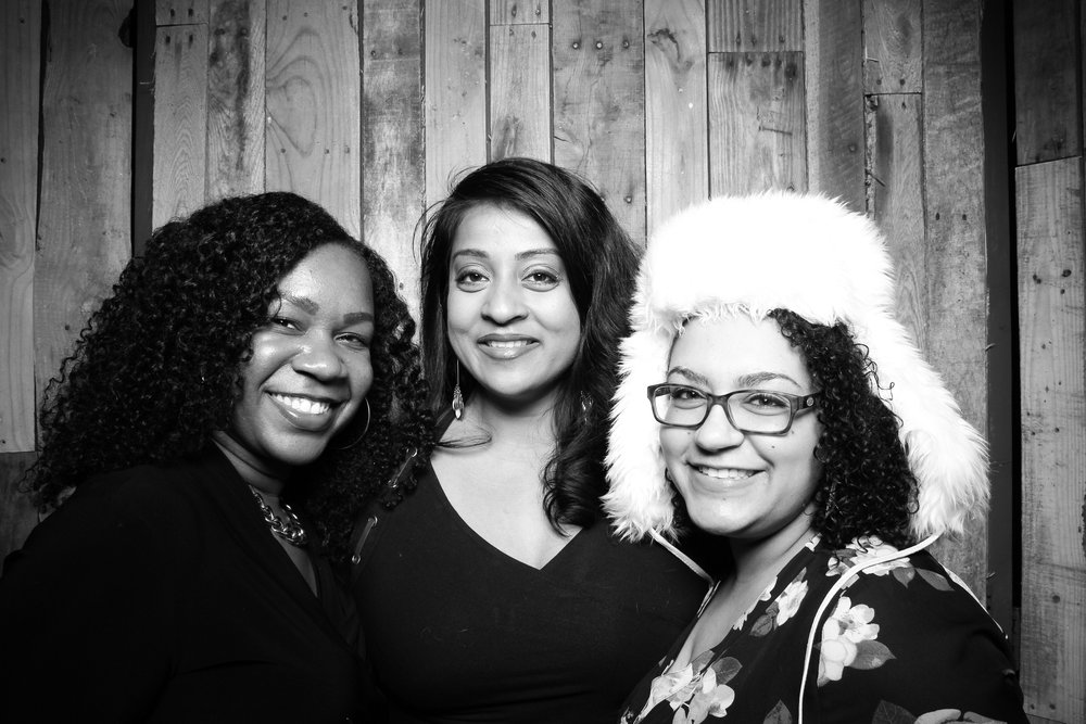 Peoria_Illinois_Photo_Booth_Company_Warehouse_on_State_Wedding_006.jpg