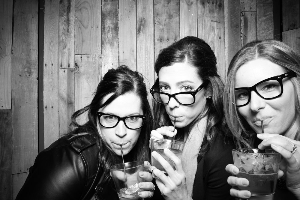 Peoria_Illinois_Photo_Booth_Company_Warehouse_on_State_Wedding_010.jpg
