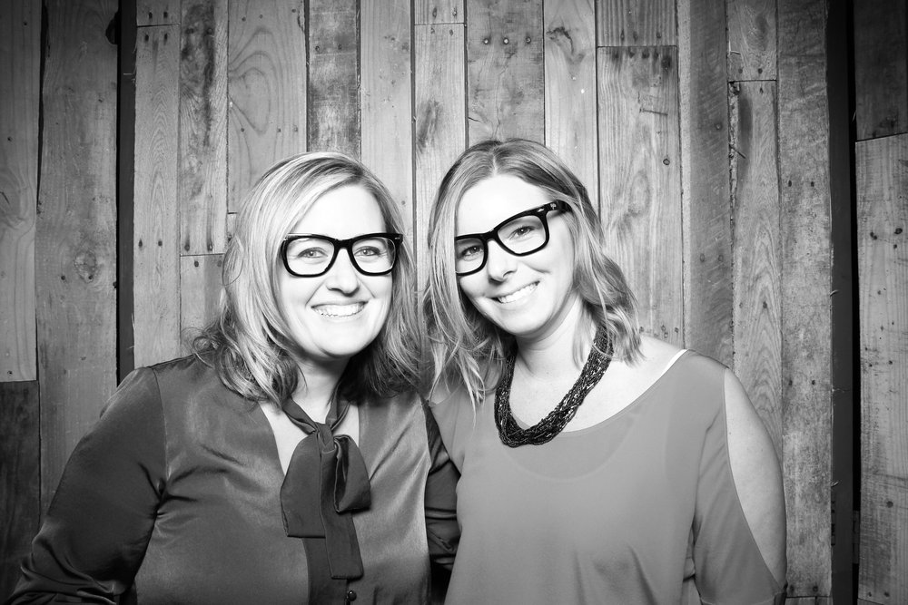 Peoria_Illinois_Photo_Booth_Company_Warehouse_on_State_Wedding_013.jpg