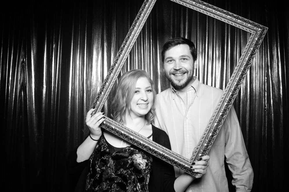 Chicago_Birthday_Party_Vintage_Photo_Booth_Rental_09.jpg