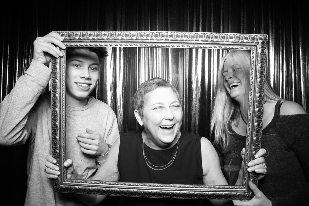 Chicago_Birthday_Party_Vintage_Photo_Booth_Rental_16.jpg